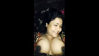 Sylhety Deshi Bhabi Showing Boobs  Bangladeshi Housewife Homemade Clip