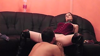 German Amateur Homemade My sexy Wife Intense Pussy eating to Orgasm