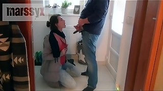 MarssyX - Piss before shopping