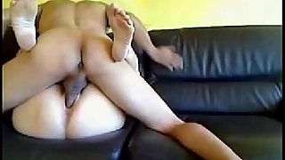 Amateur wife gets her pussy licked and fucked