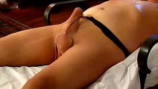 Hubby wearing a pantyhose and gets blowjob