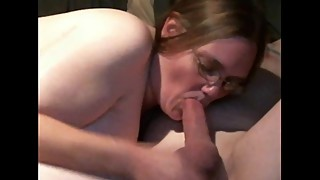 Homemade wife blowjob on mushrooms